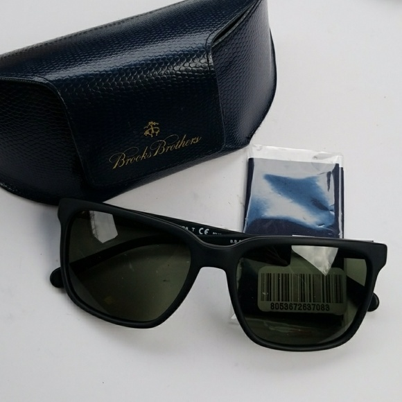 d6c213fa33a Brooks Brothers Other - Brooks Brothers Polarized Sunglasses